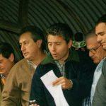 Oscar Subarroca y Victor Sisini unos años atrás rematando en el Mercado de Liniers.